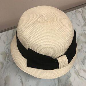 D&Y 100% paper hat